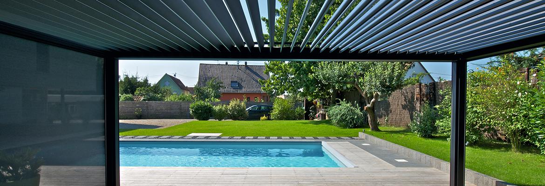 lamellendach f r terrasse und garten gibt es bei g tler. Black Bedroom Furniture Sets. Home Design Ideas
